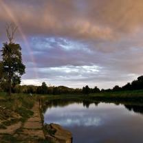 Duha a řeka